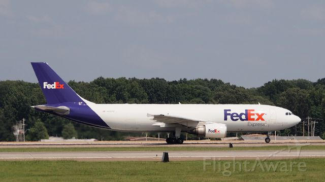 """Airbus A300F4-600 (N651FE) - """"Diane Kathleen"""" departing from 18L"""