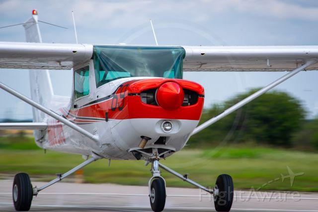 Cessna 152 (OST69)