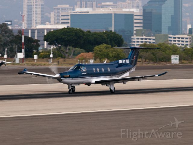 Pilatus PC-12 (N814TB) - N814TB departing from RWY 21