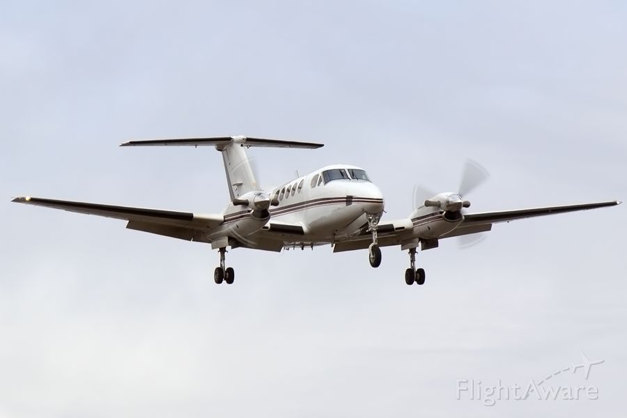 Beechcraft Super King Air 200 (N241CK)
