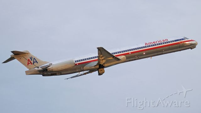 McDonnell Douglas MD-82 (N555AN) - February 27, 2018, Nashville, TN -- This MD82 is departing off runway 20C. This bird was laid to rest on Tuesday, August 21, 2018, at Roswell (ROW).