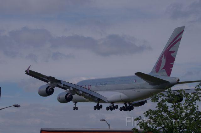 Airbus A380-800 (A7-APC)