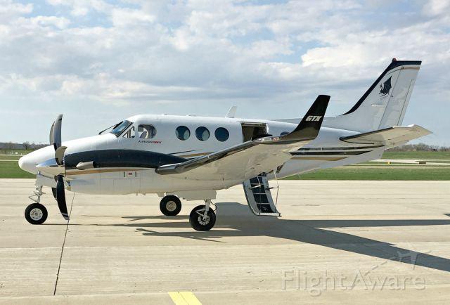 Beechcraft King Air 90 (N524CV)