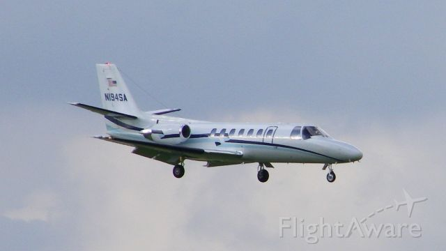 Cessna Citation V (N194SA) - Registered to William P. Hobby. Shown landing at...wait for it... Hobby Airport!