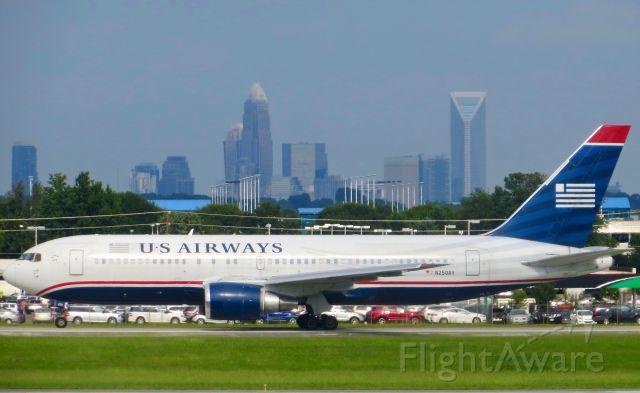 BOEING 767-200 (N250AY) - US Airways 767-200 8/5/13