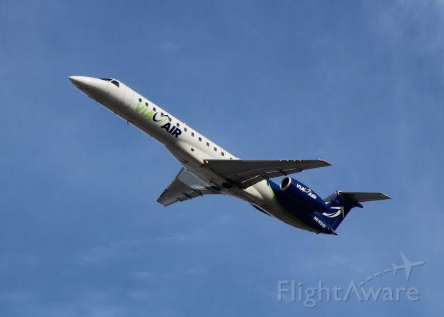 Embraer ERJ-145 (N838HK)