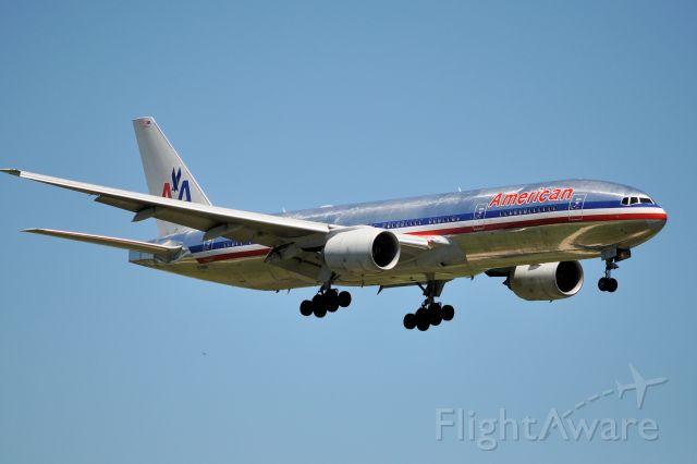 Boeing 777 (N798AN)