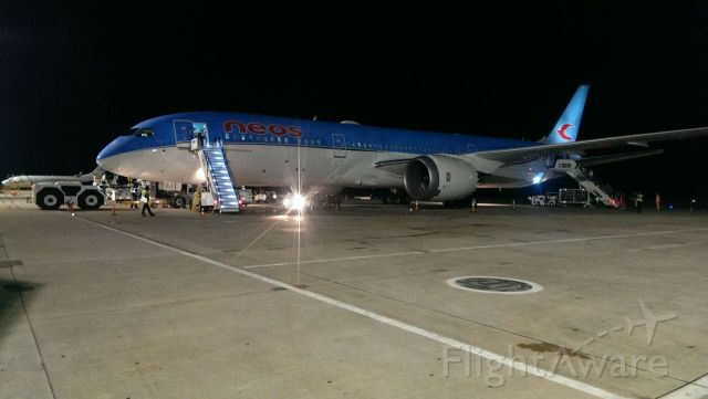 Boeing 787-9 Dreamliner (EI-NEO) - This was the First flight of the B-789 from Neos Air at La romana Casa de Campo INTl. Airport, Pic take By Carlos Soliman Flight Dispatcher From This Airline...