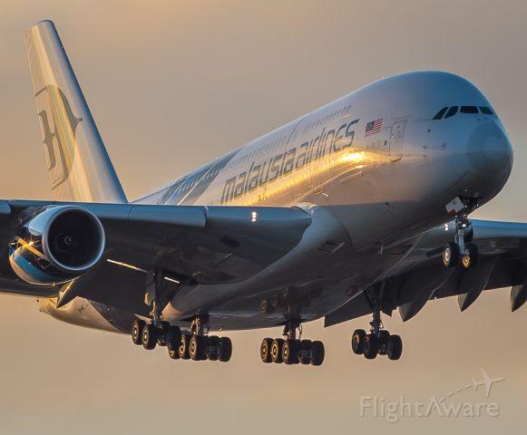 Airbus A380-800 (9M-MNC)