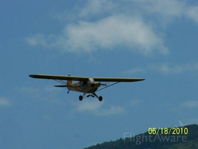 Piper NE Cub — - Piper J-3 Cub approaching KLHV.
