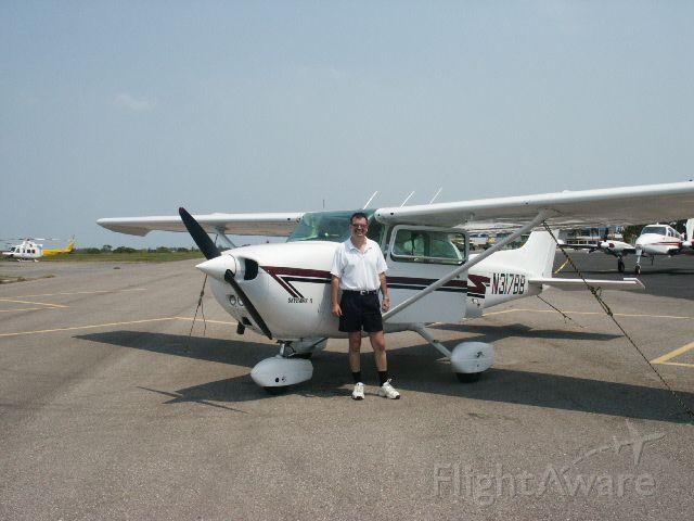 Cessna Skyhawk (N317BB)