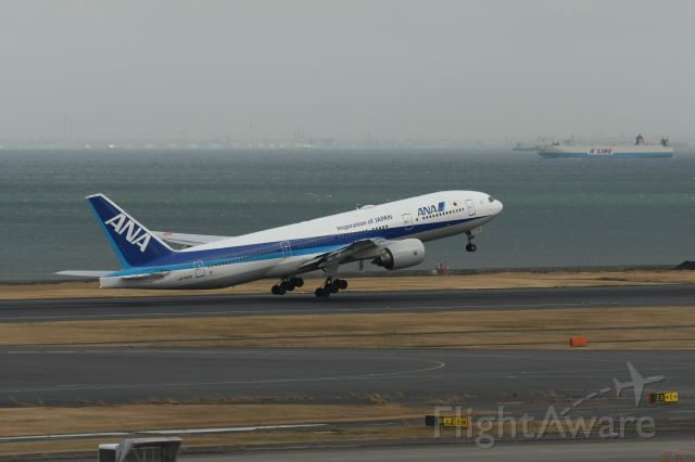 Boeing 777-200 (JA742A) - 22.Feb.2020br /Takeoff from RWY14-Lbr /at Terminal-2