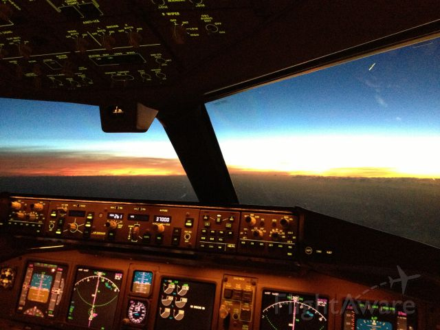 Boeing 777-200 — - Pacific sunset