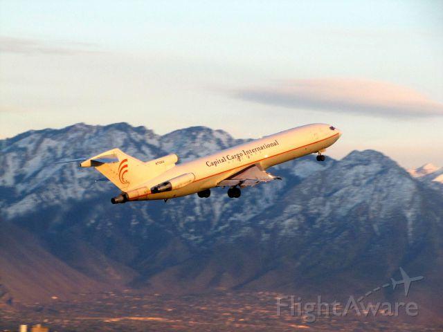 BOEING 727-200 (N713AA)