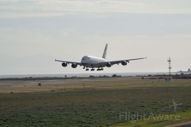 Airbus A380-800 (G-XLEH) - Landing in strong cross winds on RWY 02L on the longest day of the year