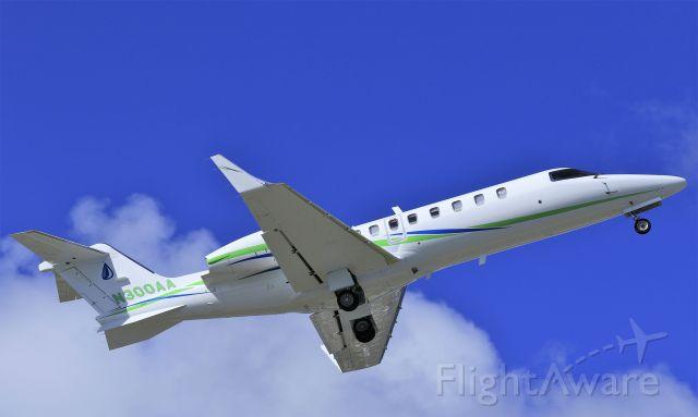 Learjet 45 (N300AA)