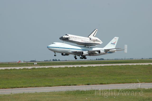 N905NA — - Space shuttle Atlantis transport landing at Amarillo to refuel
