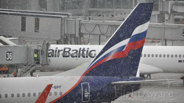 Boeing 737-800 (VP-BPF)