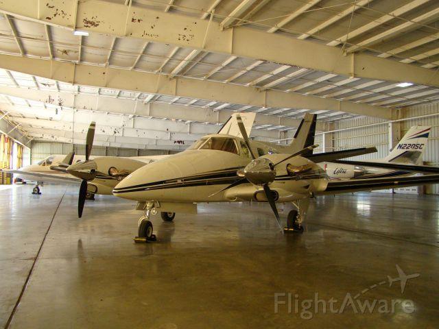 Beechcraft Duke (N66HP) - Beechcraft Duke with PT-6s installed beautiful airplane.