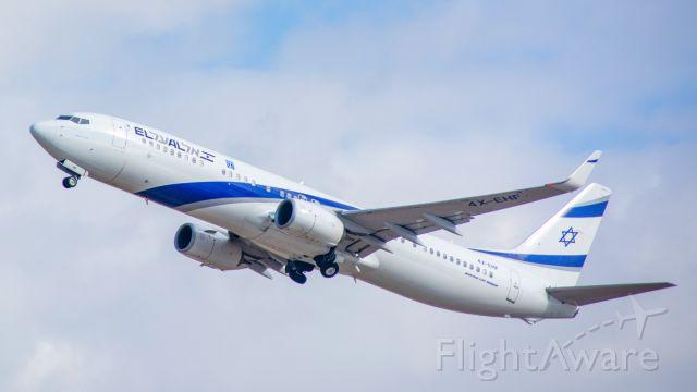Boeing 737-900 (4X-EHF) - el al 739 departing TLV