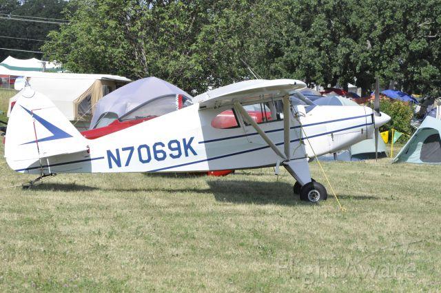 Piper PA-22 Tri-Pacer (N7069K)
