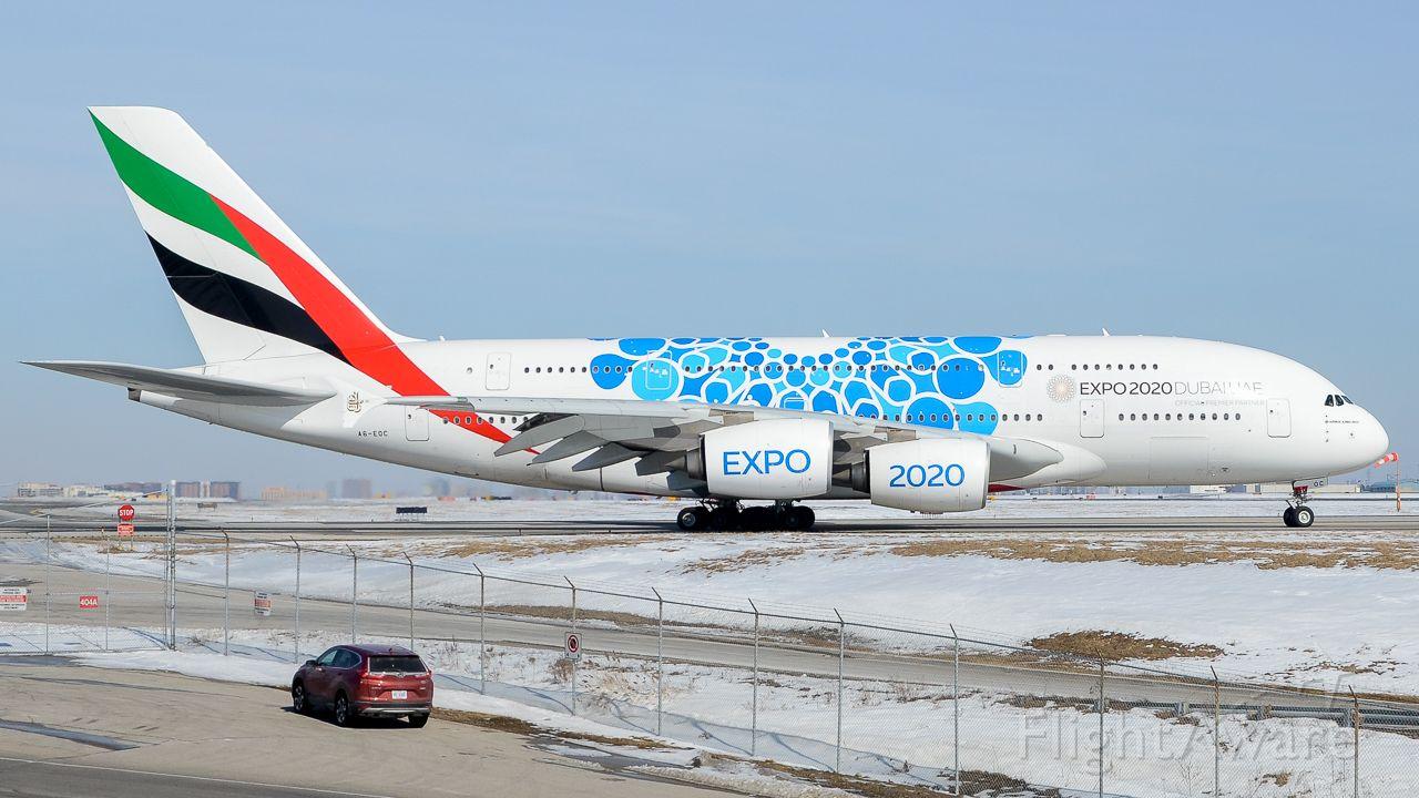 Airbus A380-800 (A6-EOC)