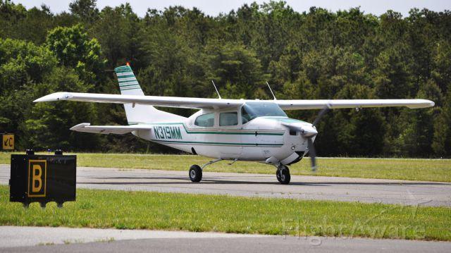 Cessna Centurion (N319MM)