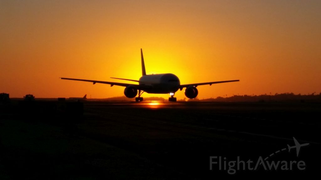 Boeing 777-200 — - FALL SUNSET 2014