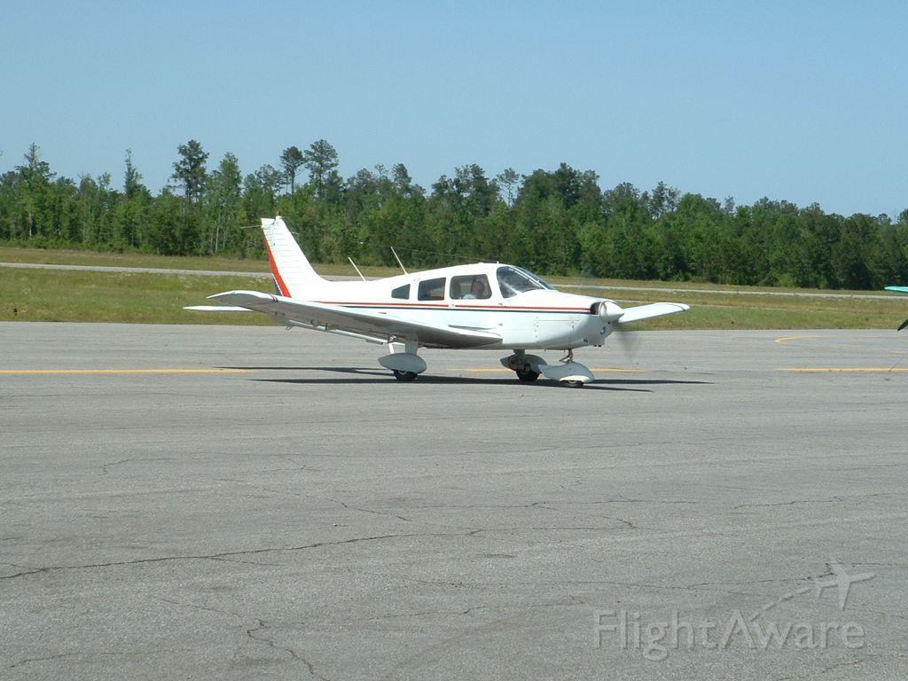 Piper Cherokee (N41547)