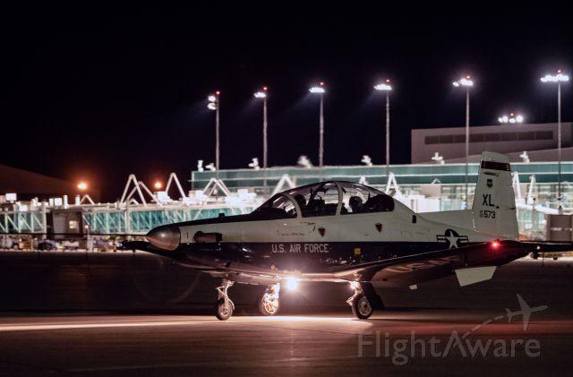 Raytheon Texan 2 (AFR00573) - night practice