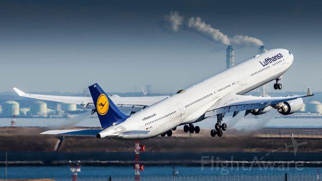Airbus A340-600 (D-AIHV)
