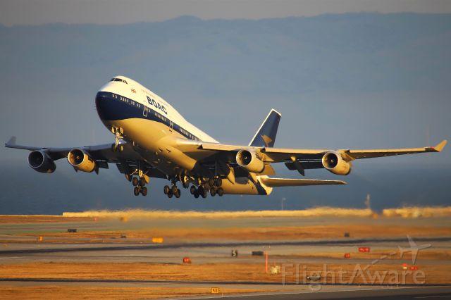 Boeing 747-400 (G-BYGC)