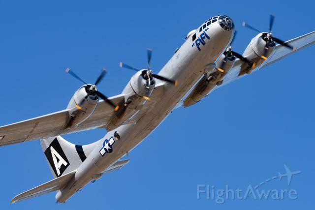 Boeing B-29 Superfortress (N529B) - FiFi!
