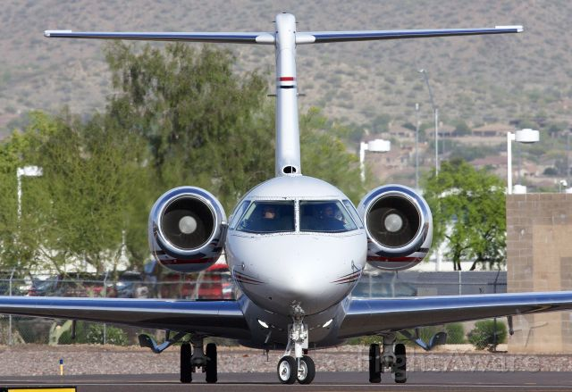"""Hawker Beechcraft 4000 (N480JE) - Comings and goings at Scottsdale (Please view in """"Full"""" for best image quality)"""