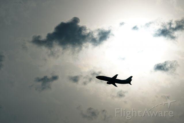 BOEING 737-300 (9M-NEF)