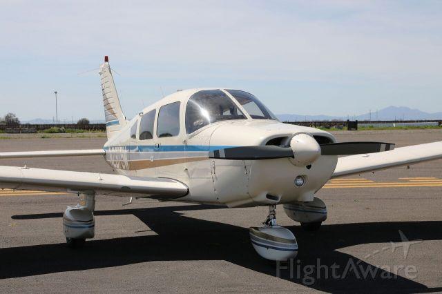 Piper Cherokee (N2375M)