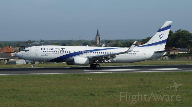 Boeing 737-800 (4X-EKF)