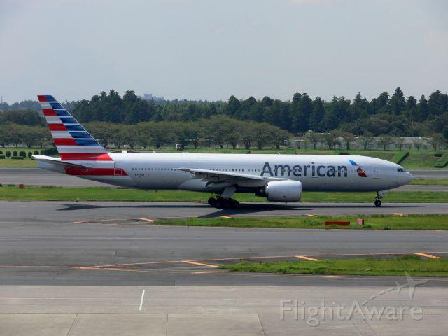 Boeing 777-200 (N750AN)