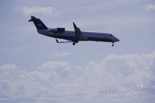Canadair Regional Jet CRJ-200 (N462AW) - On final for Rwy 19 at KDCA
