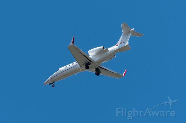 Learjet 45 (N253RM)