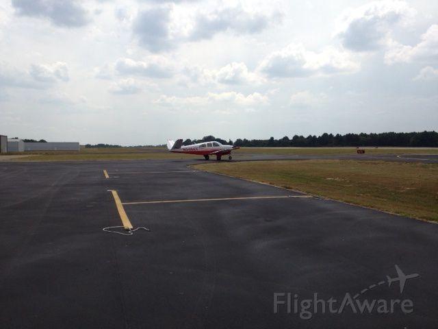 Beechcraft 35 Bonanza (N9456Y)