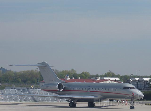 Bombardier Global 5000 (9H-VTA) - April 27 in Munich