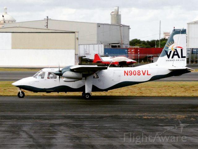 ROMAERO Islander (N908VL)