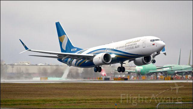 Boeing 737 MAX 8 (A4O-MA) - BOE926 from KBFI on rotation from Rwy 16R during an EWA flight on 1.25.18. (ln 6762 / cn 43294).  The aircraft is using temp reg #N6066Z. Gettin