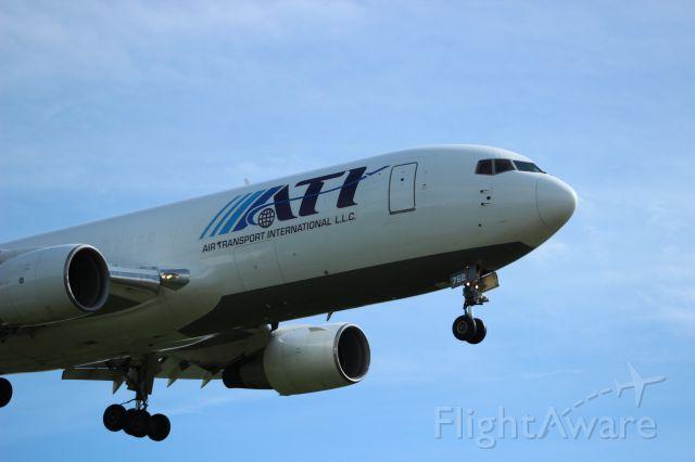 BOEING 767-200 (N762CX) - Operating for Amerijet.
