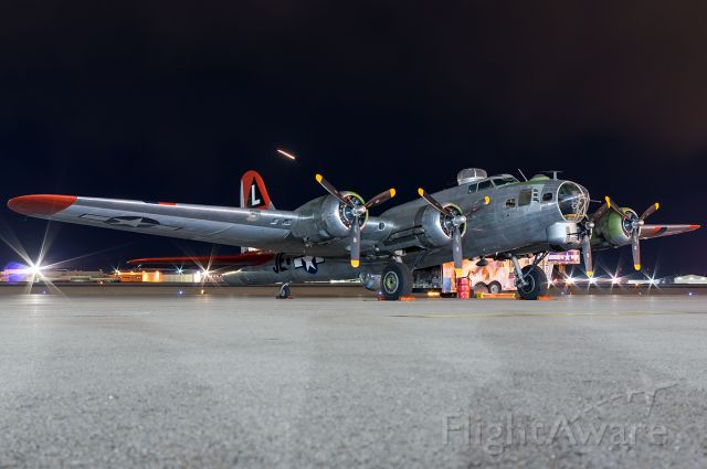 """Boeing B-17 Flying Fortress (N3701G) - Madras Maiden on her first visit to the Gem State. Full quality photo --> <a rel=""""nofollow"""" href=""""http://www.airliners.net/photo/Untitled/Boeing-B-17G-Flying-Fortress-299P/4961987"""">http://www.airliners.net/photo/Untitled/Boeing-B-17G-Flying-Fortress-299P/4961987</a>"""