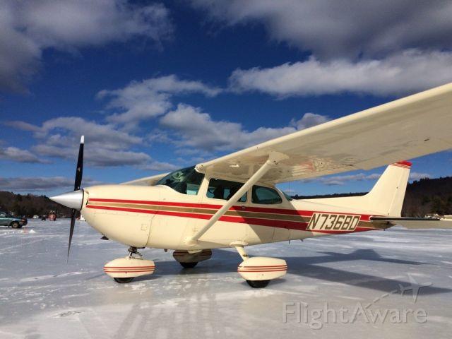 Cessna Skyhawk (N736BD) - Opening day 2017