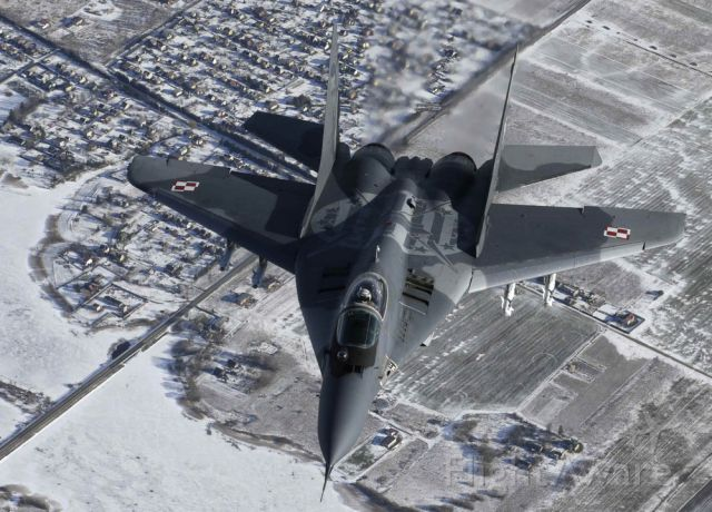 — — - A Polish Air Force MIG-29 fighter patrols over the Baltics during a NATO air policing mission from Zokniai air base near Siauliai February 10, 2015