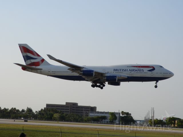 Boeing 747-400 (G-BYGE)