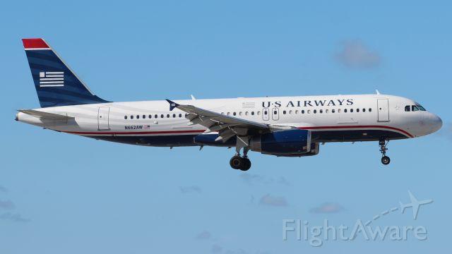 Airbus A320 (N662AW) - 06.10.2013 Landing at Fort Lauderdale International